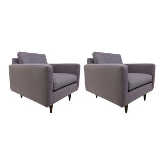 Pair of Early Florence Knoll Lounge Chairs For Sale