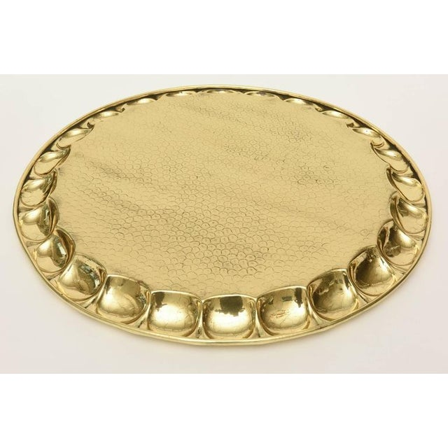 Modern Hand-Hammered Circular Polished Brass Monumental Serving/Barware Tray For Sale - Image 3 of 10
