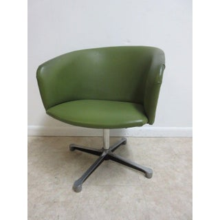 Vintage Mid-Century Rosewood Swivel Chair Preview