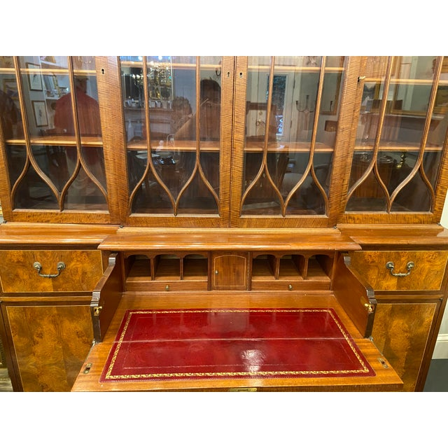 1970s Vintage Mahogany Breakfront With Butlers Desk For Sale - Image 5 of 12