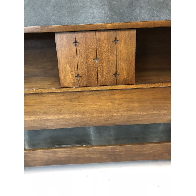 Mid Century Modern King Size Headboard - Saga by Broyhill For Sale - Image 6 of 13