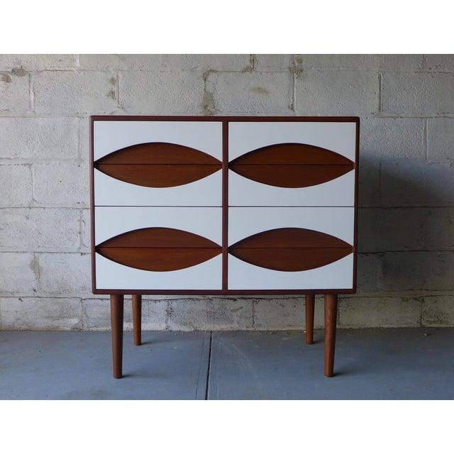 Mid-Century Modern Style White & Teak Dresser - Image 4 of 9