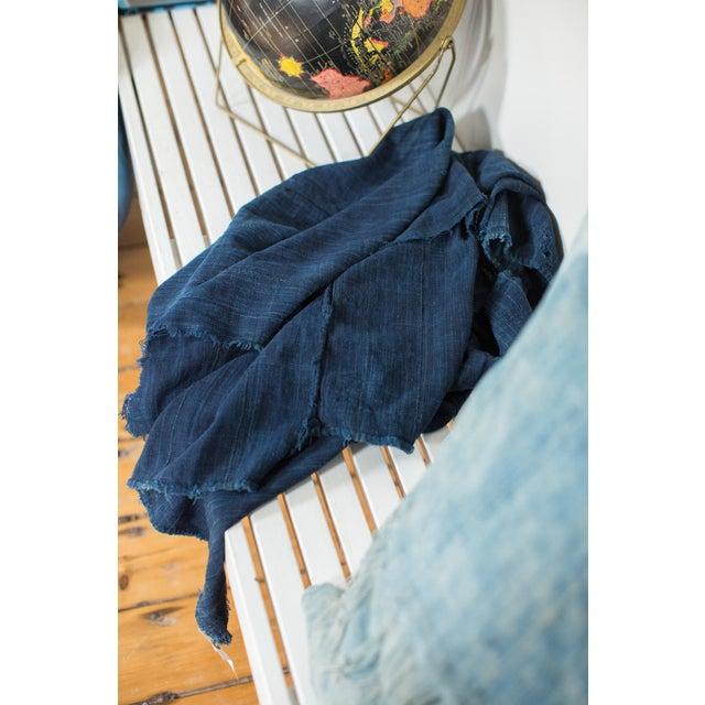 "Dark Blue Denim Indigo Throw - 3'6"" X 5' - Image 3 of 4"
