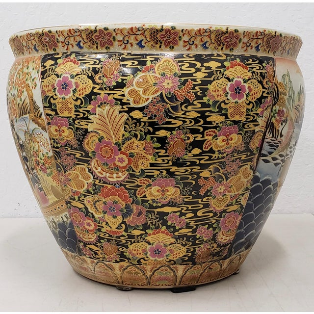 Royal Satsuma Japanese Hand Painted & Transferware Planter C.1950s For Sale In San Francisco - Image 6 of 10