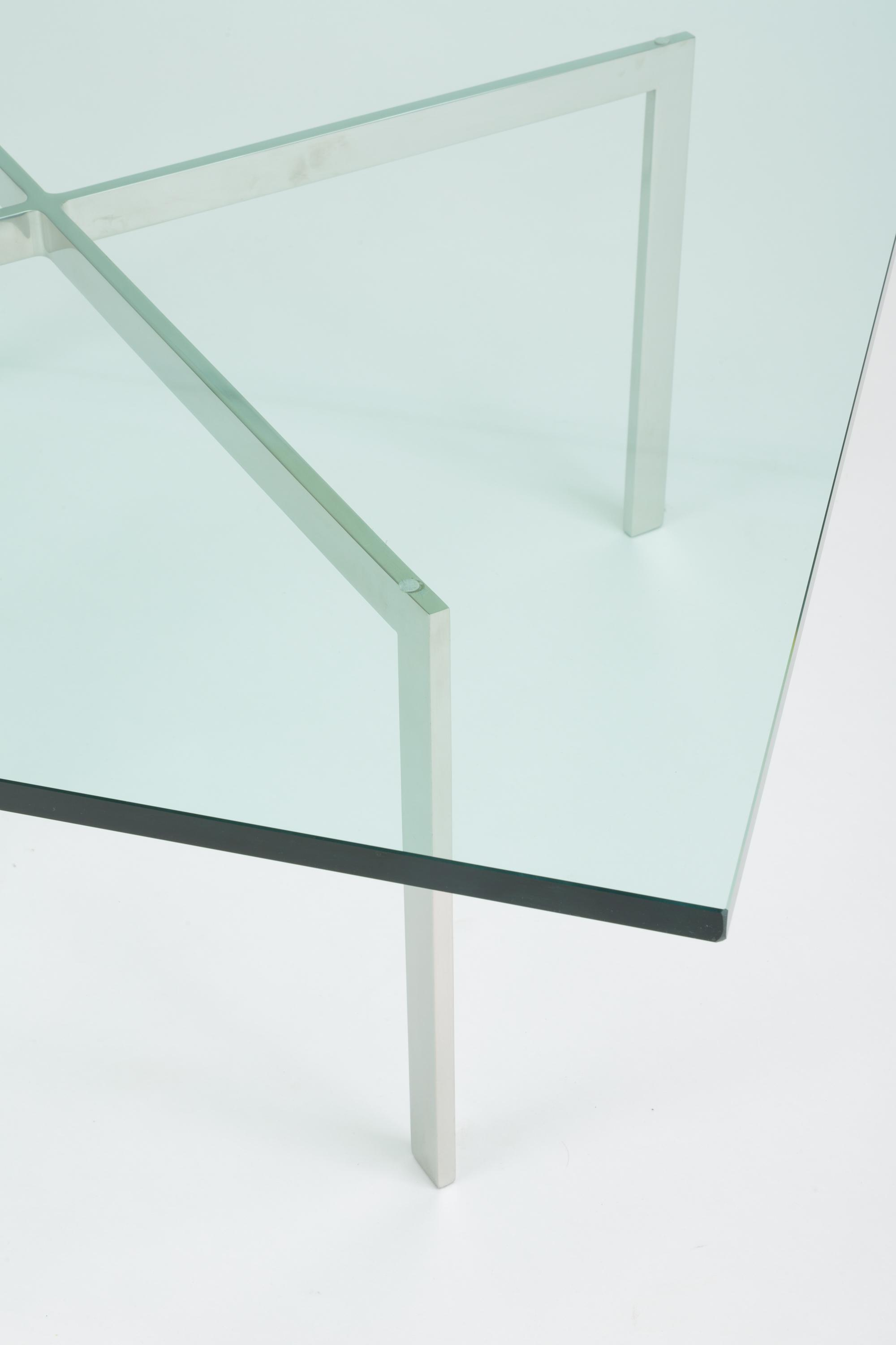 Chrome Barcelona Coffee Table By Ludwig Mies Van Der Rohe For Knoll For  Sale   Image
