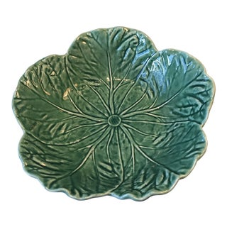"Majolica Bordallo Pinheiro Green Cabbage Leaf 11"" Serving Bowl For Sale"