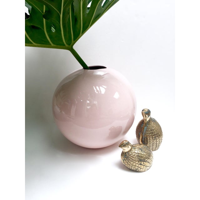 Large Round Gumball Pink Vintage Vase - Image 5 of 7