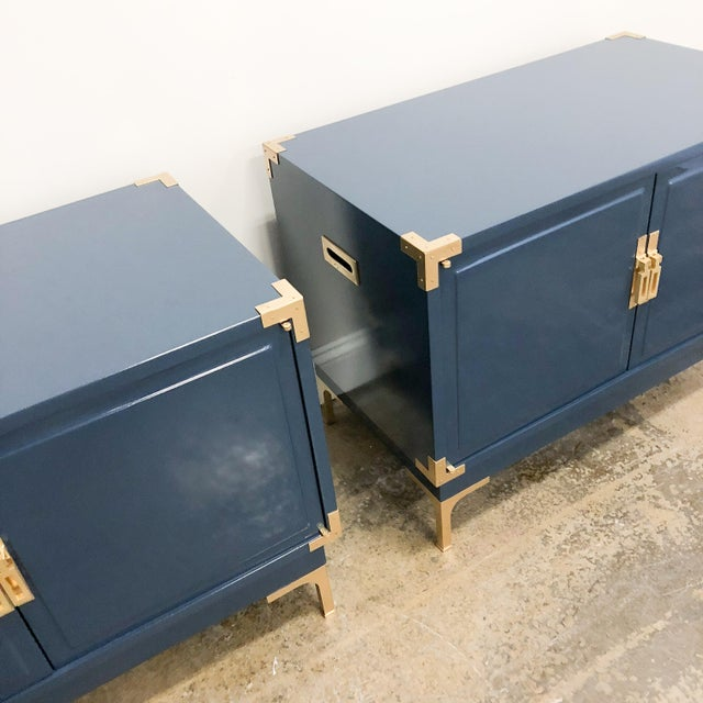 Campaign Navy High Gloss Lacquered Nightstands -Set of 2 For Sale In Chicago - Image 6 of 10