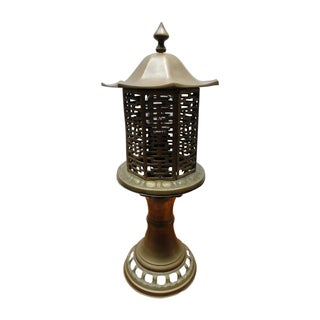 Mid-Century Chinese Style Solid Brass Table Lamp For Sale