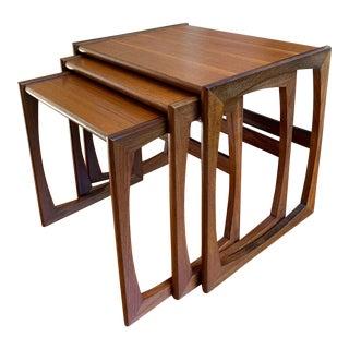 Mid-Century Modern Teak Wood Nesting Tables - Set of 3 For Sale