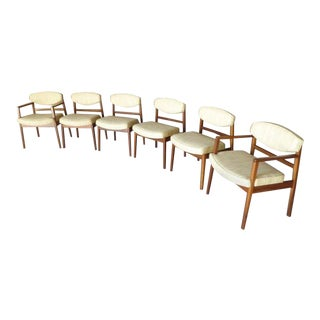 Rare Set of 6 Walnut Framed Dining Chairs Designed by George Nelson for Herman Miller For Sale