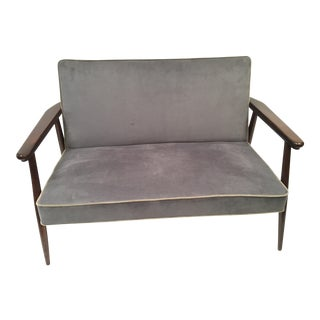 Mid Century Vintage Grey Ultra-Suede Danish Modern Settee For Sale