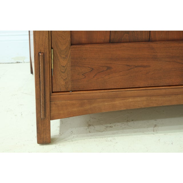 Stickley Stickley Arts & Crafts Mission Cherry Tv Armoire For Sale - Image 4 of 13