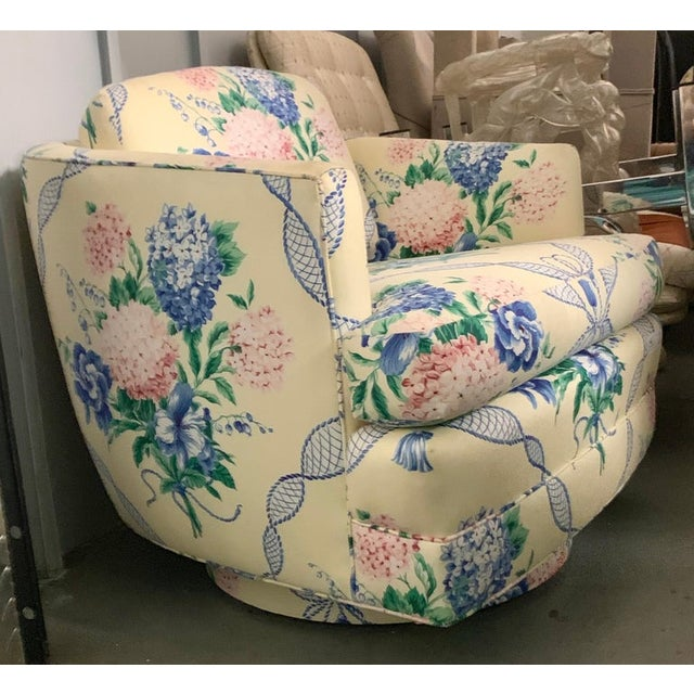 French Provincial Brunschwig & Fils Pastel Yellow Blue and Pink Floral Hydrangea Swivel Club Chair For Sale - Image 3 of 6