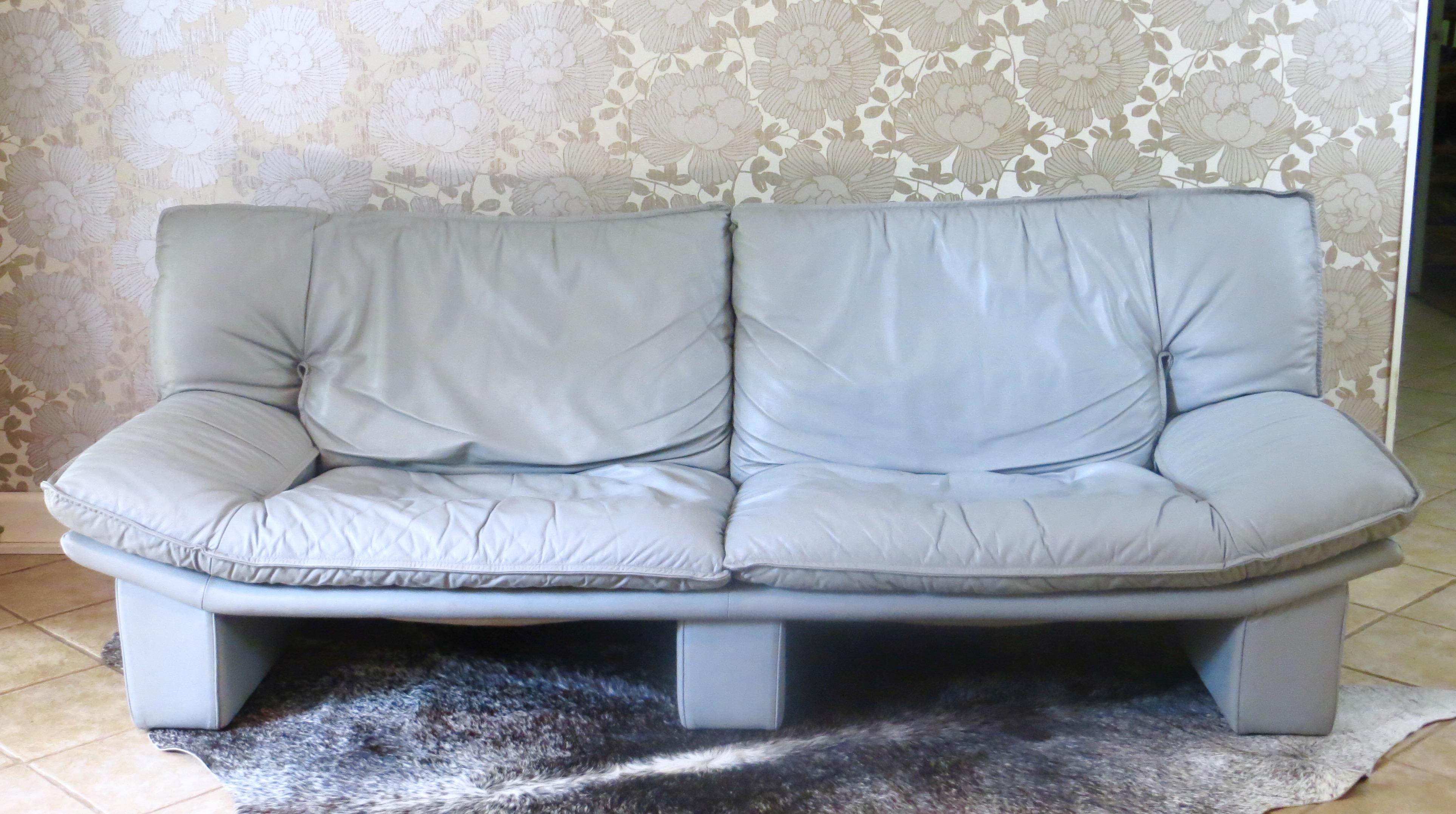 Vintage Italian Leather Sofa By Nicoletti Salotti   Image 4 Of 10