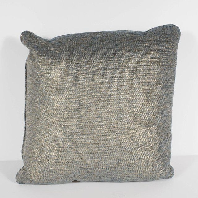 Set of Three Geometric Pillows in a Metallic Woven Linen For Sale In New York - Image 6 of 9