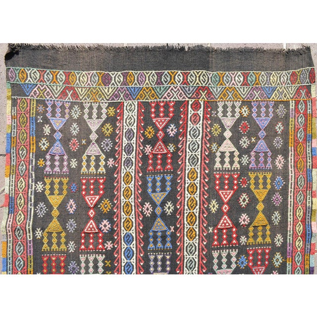 "Handwoven Turkish Kilim Area Rug Colorful Petite Braided Kilim Wall Decor- 3'5"" X 4'9"" For Sale - Image 4 of 8"