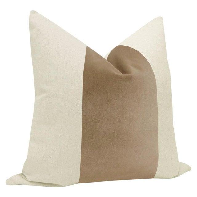 "Contemporary 22"" Nutmeg Velvet Panel & Linen Pillows - a Pair For Sale - Image 3 of 5"