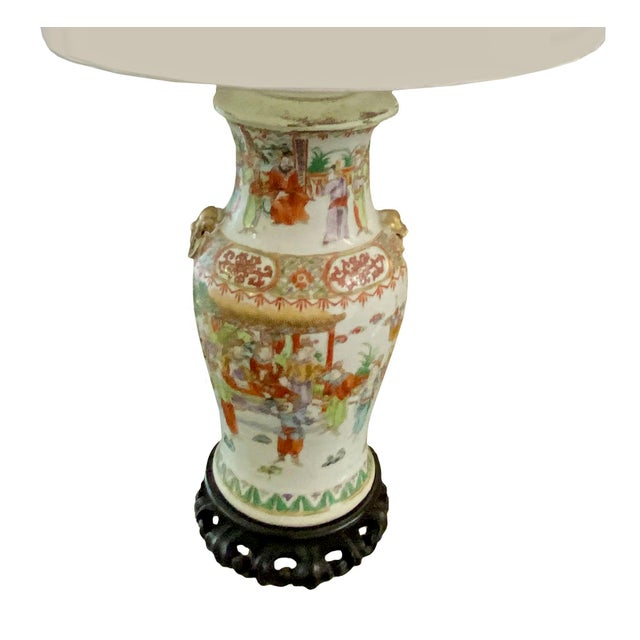 19th Century Chinese Qing Canton Porcelain Lamps - a Pair For Sale - Image 4 of 8