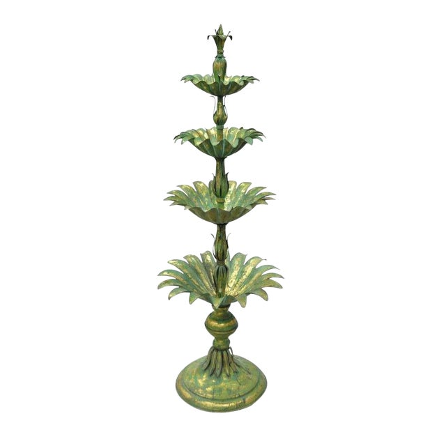 Vintage Mid-Century Italian Hollywood Regency Style Gold Tole Metal Palm Leaf Statue For Sale