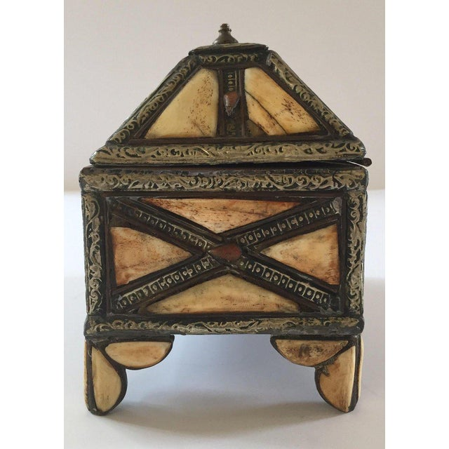 Moroccan Decorative Jewelry Box Inlaid With Bone and Silvered Brass For Sale - Image 11 of 13
