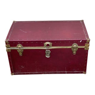 1980s Traditional Burgundy Trunk For Sale
