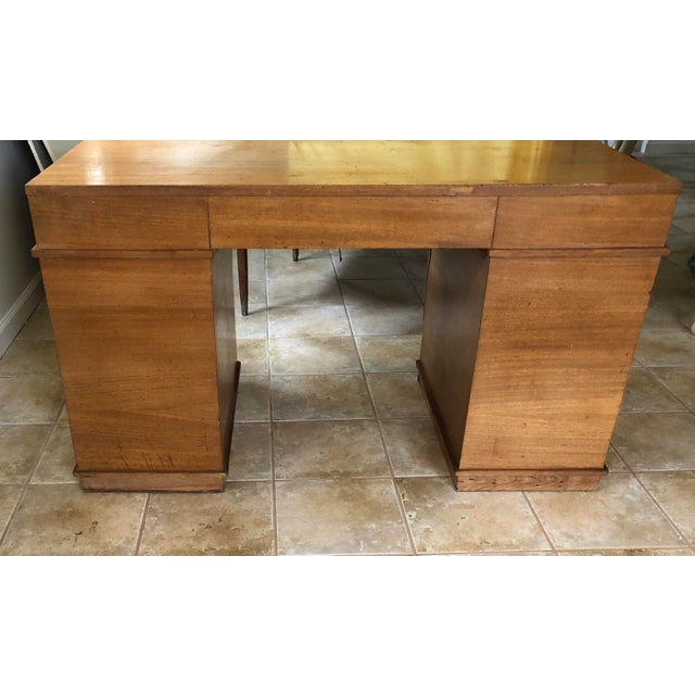 """Mid Century Blonde Wood Double Pedestal Desk 1.75"""" Square Brass Pulls For Sale - Image 10 of 11"""
