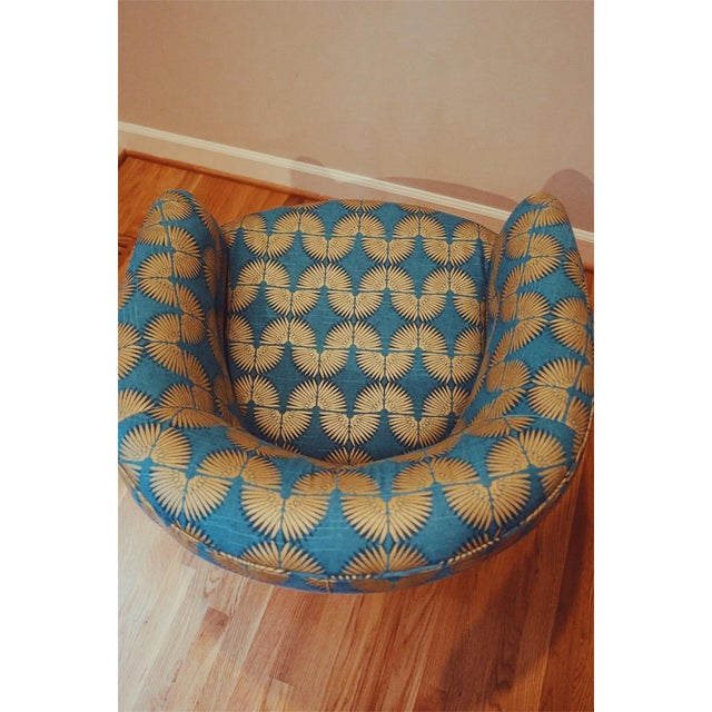 Fabric Gold Caterpillar Mid-Century Baughman Style Plinth Base Swivel Chair For Sale - Image 7 of 8