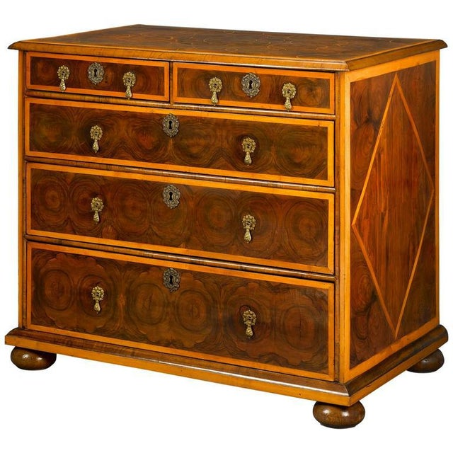 English William and Mary Oysterwood Chest For Sale - Image 4 of 4