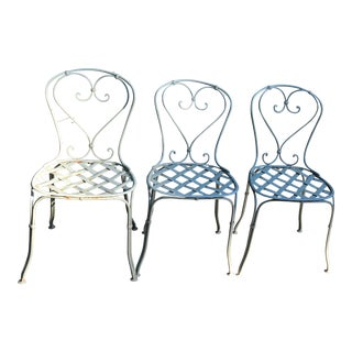 19th Century French Wrought Iron Heart-Back Latticework Seat Garden Chairs - Set of 3 For Sale