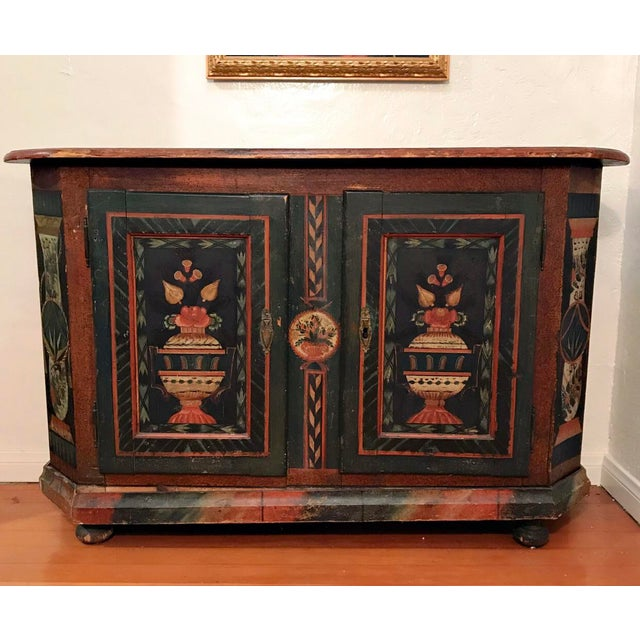 American Classical 18th Century American Handpainted Cupboard For Sale - Image 3 of 3