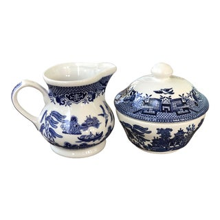 Blue Willow Churchill England Creamer & Sugar Set - a Pair For Sale