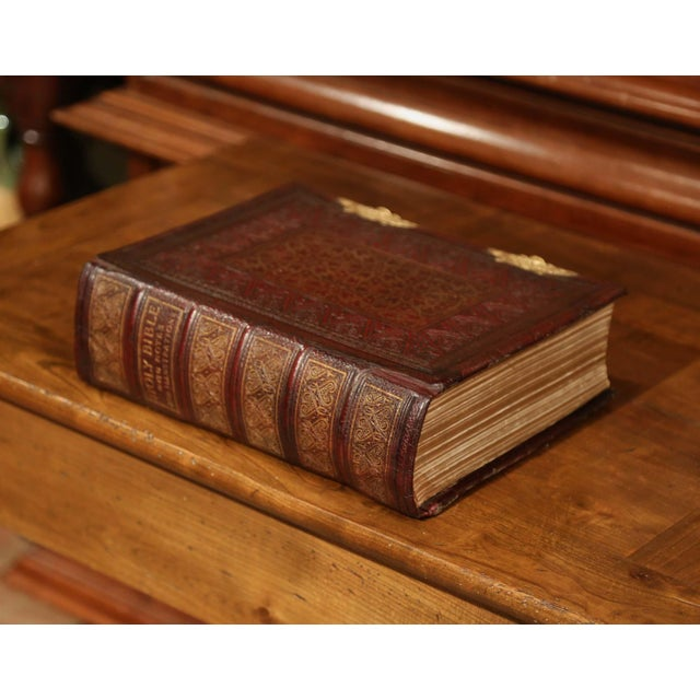 Illustration 19th Century English Leatherbound and Brass Locks Holy Bible With Illustrations For Sale - Image 3 of 8