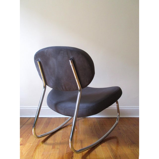 Modern Rocking Chair - Image 7 of 10