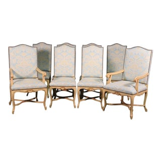 Set of 8 Maison Jansen Crème Paint and Gold Gilded French Louis XV Dining Chairs For Sale