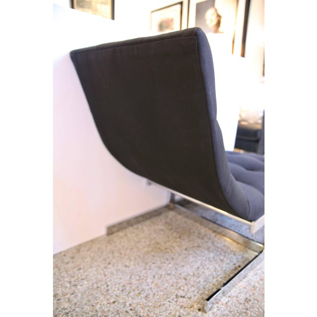 """Chrome 1970s Milo Baughman """"Wave"""" Chaise in Polished Chrome and Black Upholstery For Sale - Image 7 of 8"""
