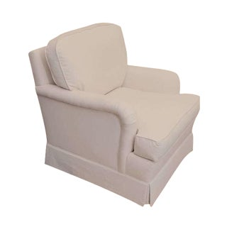 Classic English Style White Club Chair For Sale