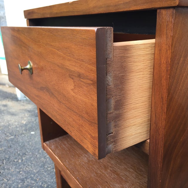 Mid-Century Modern Nightstands - A Pair - Image 6 of 11