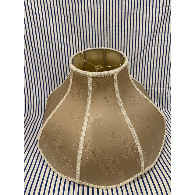 Beautiful golden vintage Asian floral lamp shade.