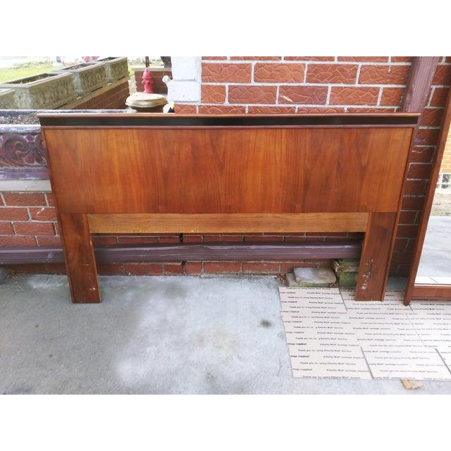 Mid Century Modern Dillingham Espirit Walnut Headboard For Sale - Image 9 of 10