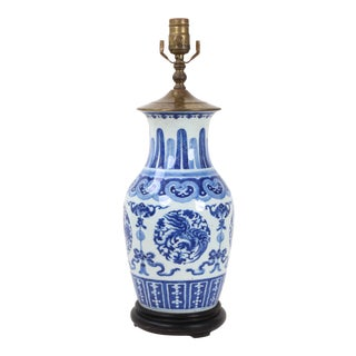 19th Century Chinese Blue and White Porcelain Vase Lamp For Sale