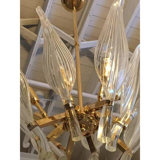 Italian Seguso Murano Glass and Brass Eight-Leaf Cattail Chandelier - Image 4 of 7