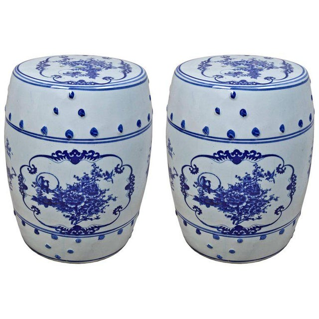 1950s Pair of Chinese Porcelain Garden Seats For Sale - Image 5 of 5