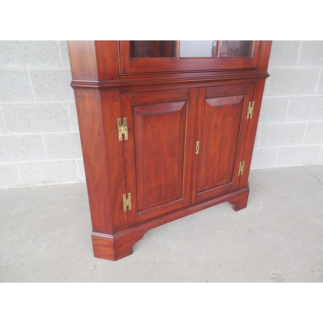 Henkel Harris Lighted Cherry Chippendale Style 12 Pane Corner China Cabinet - Image 4 of 12