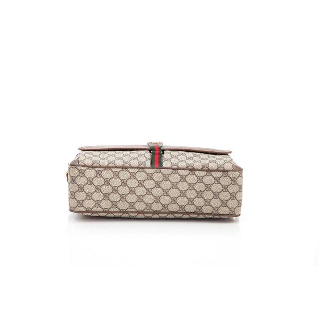 ad1521e77a8f Late 20th Century Vintage Gucci Accessory Collection Era Class Monogram  Messenger Bag For Sale - Image