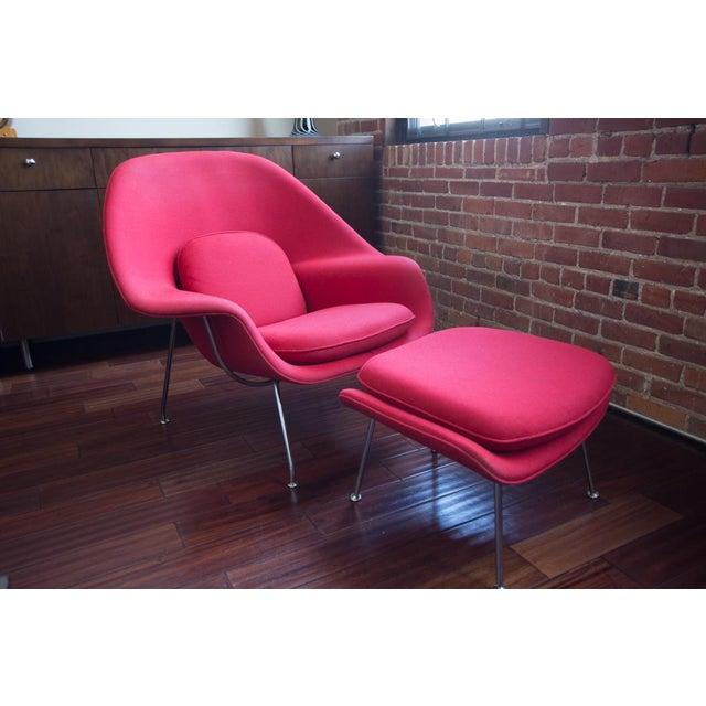 Mid-Century Modern Eero Saarinen for Knoll Womb Chair & Ottoman For Sale - Image 3 of 8