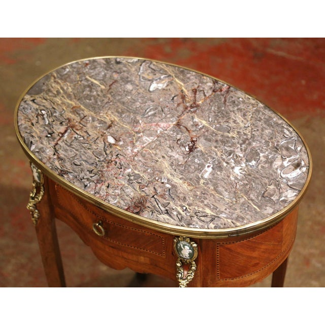 French 19th Century French Walnut Marquetry Side Table With Marble Top and Brass Rim For Sale - Image 3 of 8