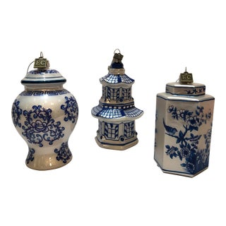 Kenneth Ludwig Chicago Chinoiserie Blue & White Ware Ornaments - Set of 3 For Sale
