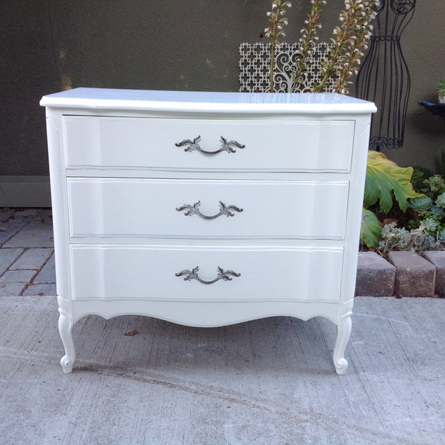 Vintage French Provincial 3 Drawer Dresser - Image 2 of 5