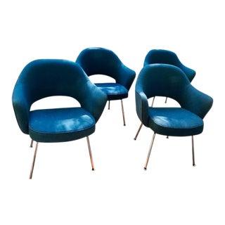 Mid Century Modern Saarinen Executive Armchairs - Set of 4 For Sale